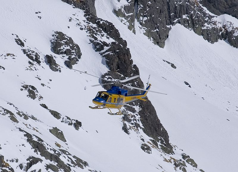 File:Bell 412 Elifly.jpg