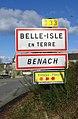 Belle-Isle-en-Terre. Panneau d'agglomération.jpg