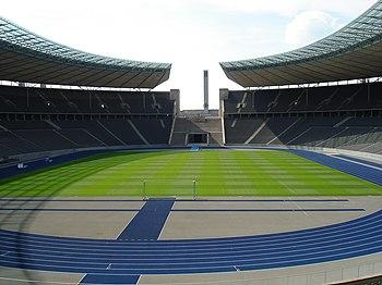 Berlin Olympiastadion nach Umbau 2.jpg