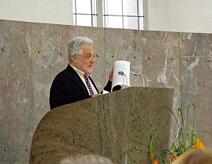 Henryk Broder - Broder receiving the 2007 Ludwig-Börne-Preis