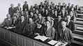 Bohr Heisenberg Pauli Meitner u.a. 1937 (cropped).jpg
