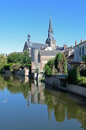 Bonneval, Eure-et-Loir - Image: Bonneval Eglise 04