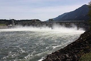 dam in Columbia River Gorge National Scenic Area, Multnomah County, Oregon / Skamania County, Washington, United States
