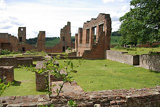 Bradgate House (16th century) Ruined 16th-century house in Bradgate Park, Leicestershire, England. The chapel is still intact.
