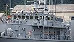 Bridge of JS Sugashima(MSC-681) left front view at Maizuru Naval Base July 29, 2017.jpg