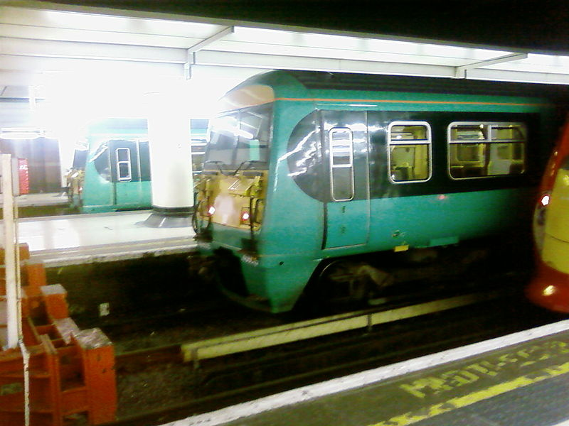 File:British Rail Class 456 at Victoria.jpg