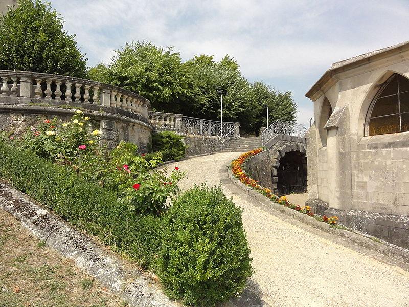 Bruley (Meurthe-et-M.) chapelle du rosaire et montée à la nlle grotte de Lourdes