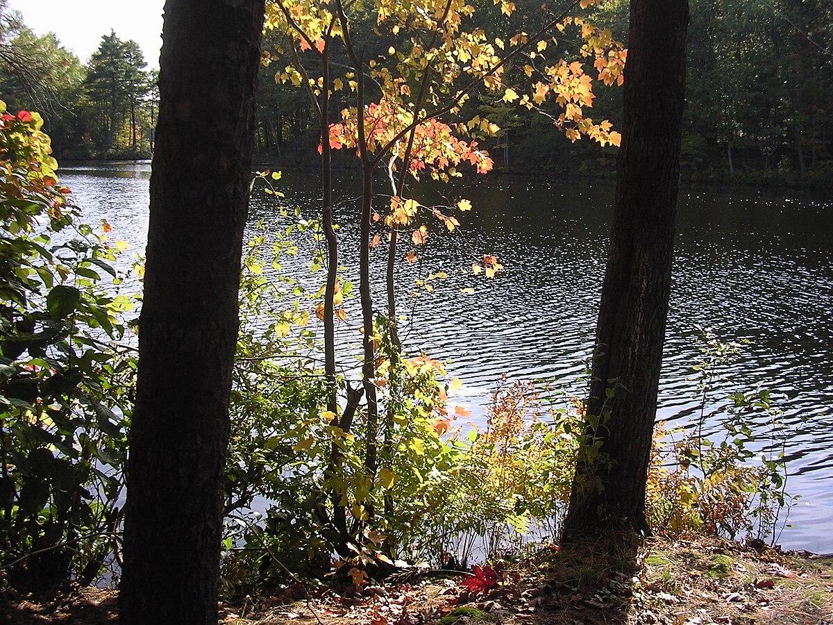 Buffumville Lake - Wikipedia