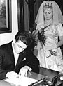 Bundesarchiv Bild 183-B1110-0001-001, Dresden, Heirat Ingrid Krämer, Hein Engel.jpg