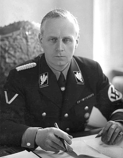 Joachim von Ribbentrop, the head of the German delegation sent to London to negotiate the Anglo-German Naval Agreement. Bundesarchiv Bild 183-H04810, Joachim von Ribbentrop.jpg