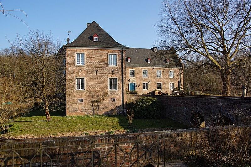 File:Burg Bachem 2.jpg