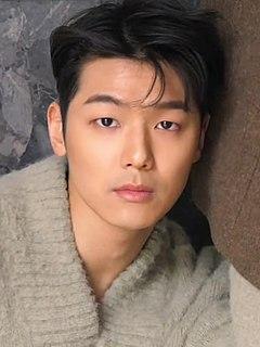 Kang Min-hyuk South Korean musician