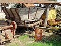 Cambronne-lès-Clermont (60), vieux charriot.jpg