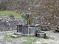 Camporgiano, fontana.JPG