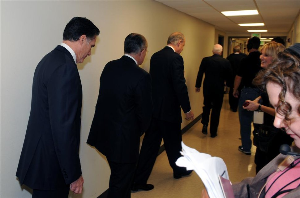 """Candidates leave their """"green rooms"""" for the stage... (2118622366)"""