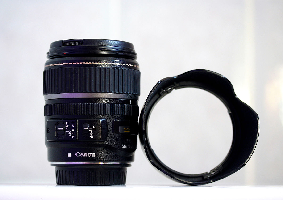 Canon EF-S 17–85mm lens - Wikipedia