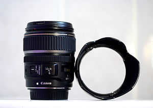 Canon EF-S 17–85mm lens - Image: Canon 17 85mm is lens