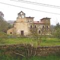 Capiella de la Virxe del Camín y Palaciu del Marqués de Casa Estrada.png