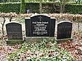 Carl Brinkmann und Martin Grabert - Friedhof Steglitz.JPG