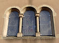 Carling, détail des fenêtres du transept Sud de l'église.jpg