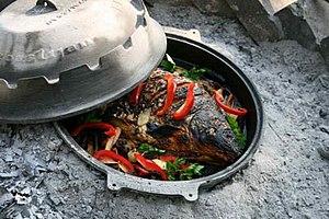 Sač - Image: Carp cooked in a sač