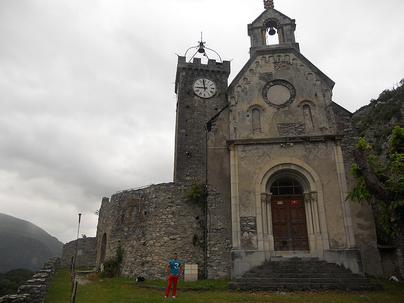 Castillo de San Beat , pirineos franceses .