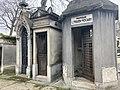 Chapelles au cimetière de Passy.jpg