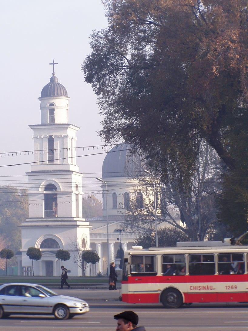 Chisinau center 08 11 2005
