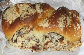 Babka (cake) - Chocolate babka, with streusel