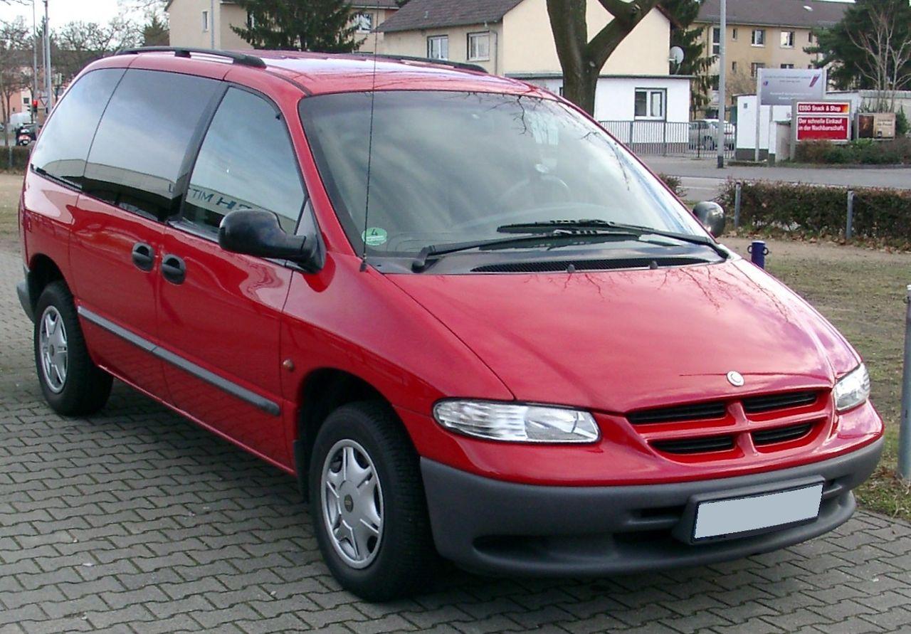 """""""A-coups"""" moteur (Résolu) 1280px-Chrysler_Voyager_front_20080108"""