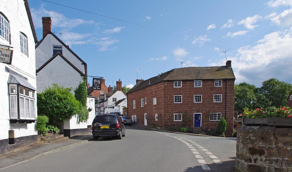 Church House and Upper Church House, Claverley.jpg