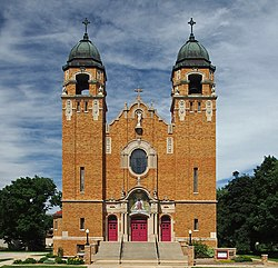 Church of the Sacred Heart (Heron Lake, MN).jpg
