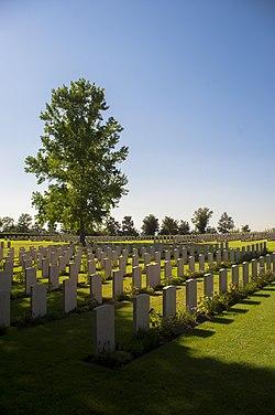 Cimitero di guerra di Bolsena - War Cimitery.jpg