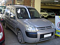 Citroen Berlingo 1.4 Multispace 2004 (17035077081).jpg