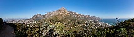 Ciudad del Cabo desde Cabeza de León, Sudáfrica, 2018-07-22, DD 06-09 PAN.jpg