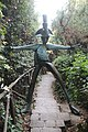 Collodi, Parco di Pinocchio, il carabiniere 01.jpg