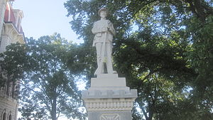 Parker County, Texas - Confederate soldier statue at Parker County Courthouse