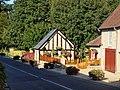 Conflans-sur-Loing-FR-45-village-01.jpg