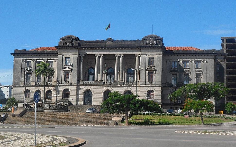 Conselho Municipal de Maputo frente
