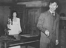 Description de l'image Constance Smith-Jack Palance in Man in the Attic.jpg.