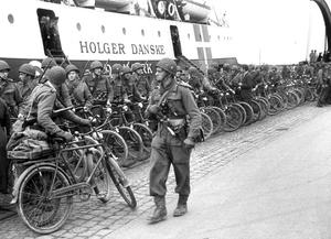 Danish Brigade in Sweden - The Danish Brigade arrives in Helsingør, 5 May 1945