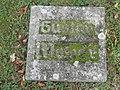Dessau Friedhof 2 Grab Bombenopfer.JPG