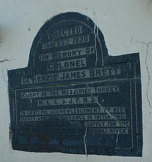 De Renzie Brett - Detail of Kirwee monument
