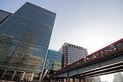 Docklands Light Railway 105 (6997951963).jpg
