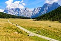Dolomites (29236650621).jpg