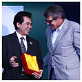 Dr. David T. Hon receives an award for contribution to the bicycle industry.jpg