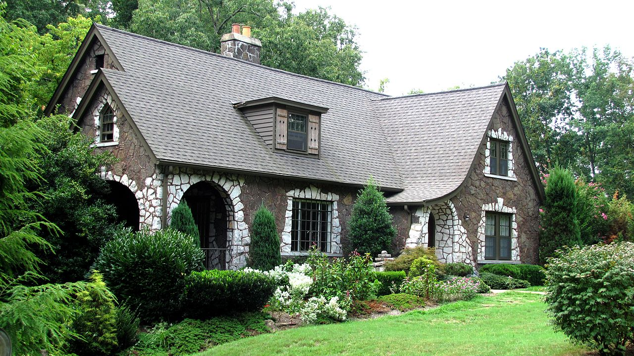 File:Druid-drive-knox-house-tn1.jpg - Wikipedia