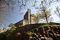 Drummond Castle - view of keep from NW.jpg