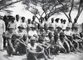 ETH-BIB-Gruppenfoto der Bewohner des Camps-Kilimanjaroflug 1929-30-LBS MH02-07-0315.tif