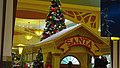 East Towne Mall Santa - panoramio.jpg